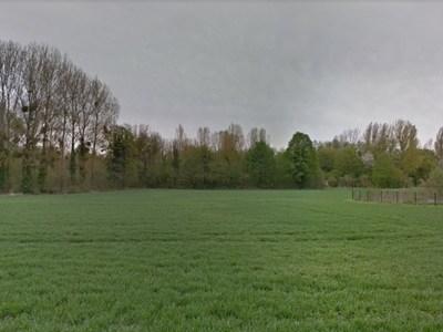 Terrain à bâtir, 2 800 m²