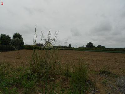 Terrain à bâtir, 1 350 m²