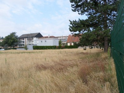 Terrain à bâtir, 742 m²