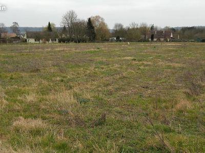 Terrain neuf, 3 200 m²
