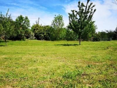 Terrain à bâtir, 1 225 m²
