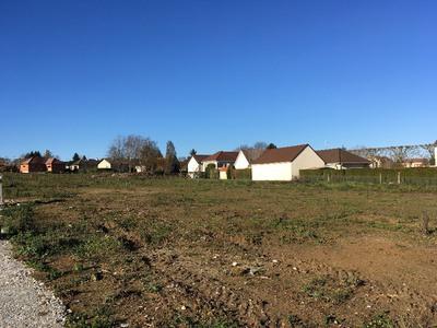 Terrain à bâtir, 735 m²