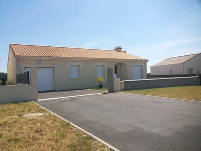 Maison neuve, 93 m² - Lairoux (85400)
